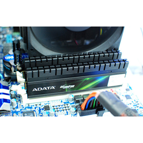 A-DATA XPG Gaming Series V2.0, DDR3, 2400 MHz, CL9, 4GB (2GB x 2) product photo side L